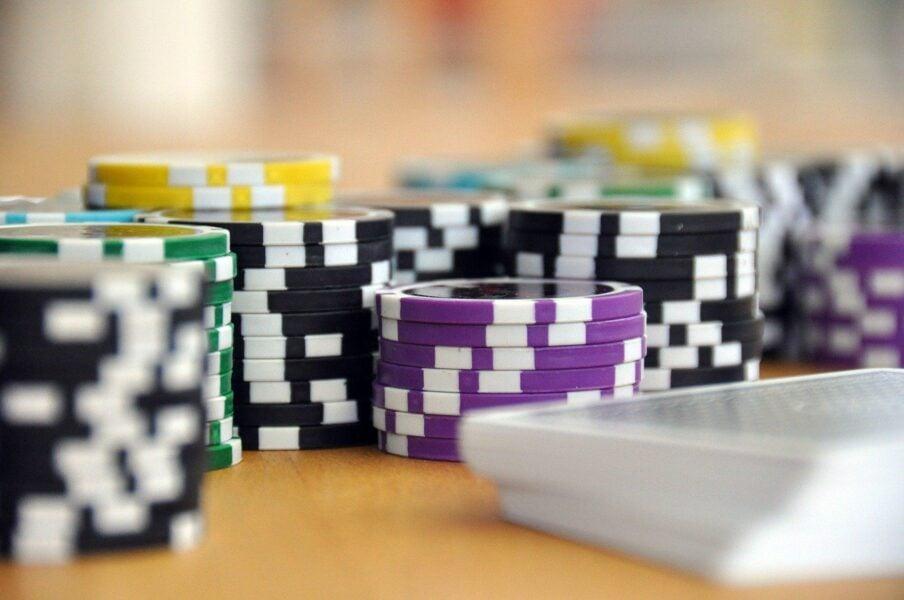 Что такое экономические игры и как на них заработать