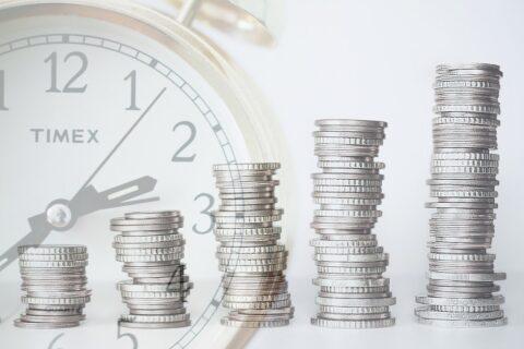 Что лучше – инвестирование в рост или в стоимость
