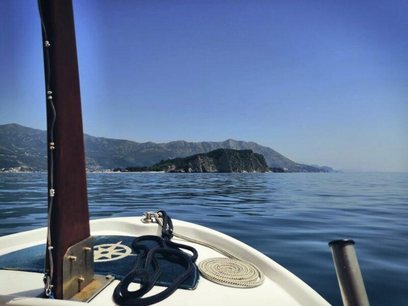 Катаемся на лодке